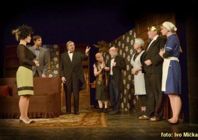 Hrobka s vyhlídkou - Divadelní spolek Krakonoš
